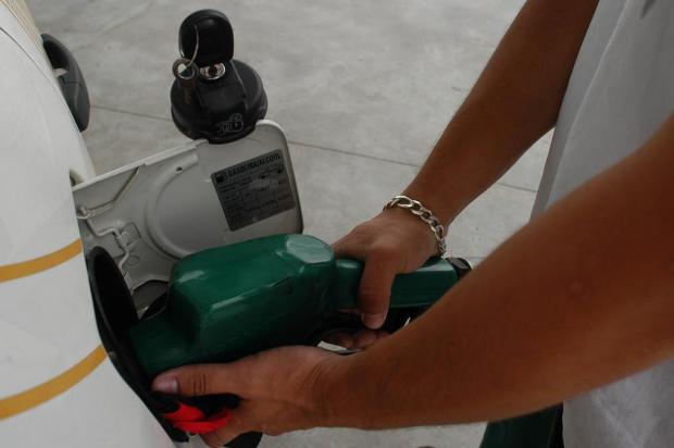 Gasolina caiu, mas pode cair mais Hermínio Nunes/Agencia RBS