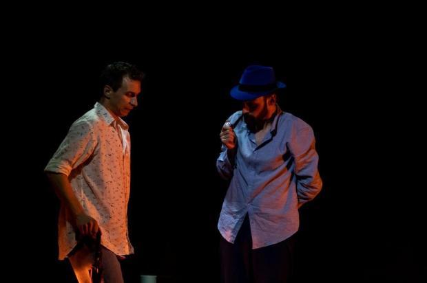3por4: Grupo de Bento apresenta peça em Paris Trupe Dosquatro/Divulgação