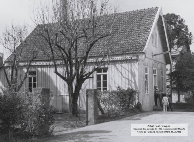 Memória: a história do bairro e da paróquia de Lourdes em um calendário Paróquia Nossa Senhora de Lourdes / divulgação/divulgação
