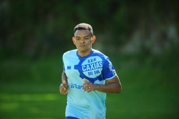 Volante Marabá trabalha para iniciar os treinos com o grupo de atletas Porthus Junior/Agencia RBS