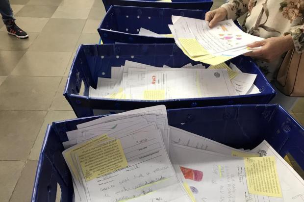 225 pedidos da Campanha Papai Noel dos Correios, de Caxias, não foram entregues pelos padrinhos Raquel Fronza/Agencia RBS