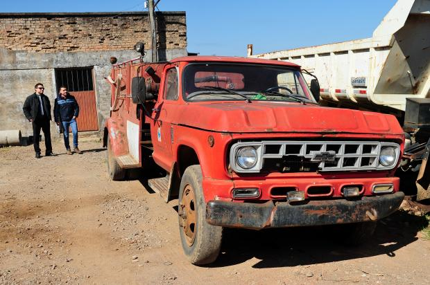 Combate a incêndio em Bom Jesus chama atenção por más condições do caminhão utilizado Diogo Sallaberry / Agência RBS/Agência RBS