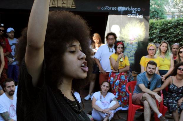 Caxiense de 16 anos é finalista em concurso brasileiro de poesia falada Rodrigo Moraes/Divulgação