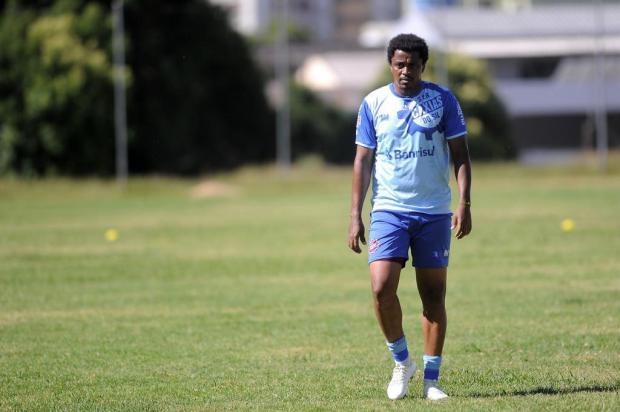 Com aval do treinador, João Paulo tem nova chance no Caxias Marcelo Casagrande/Agencia RBS
