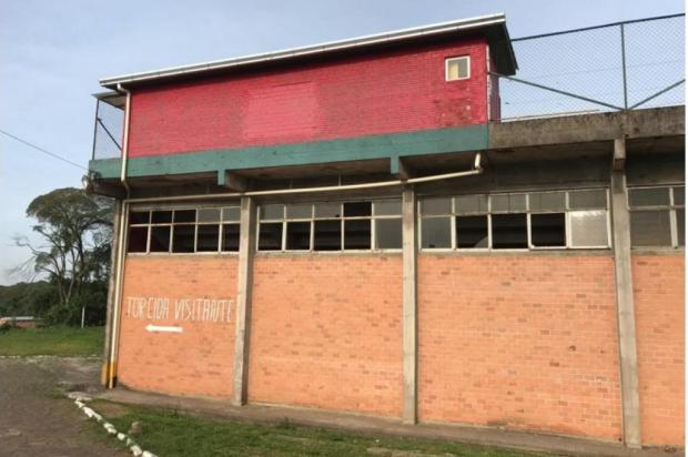 Prejuízo com atos de vandalismo no Estádio das Castanheiras, em Farroupilha, já passa de R$ 8 mil SERC Brasil/Divulgação