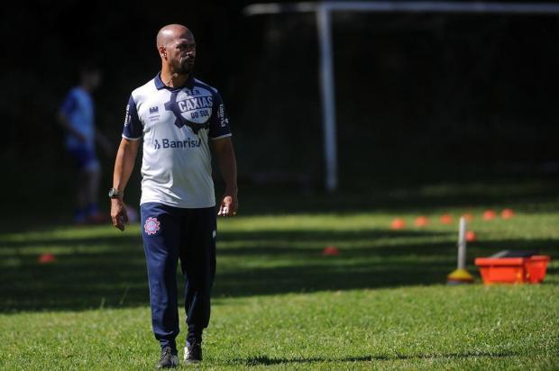 Pingo esboça equipe titular pela primeira vez como técnico do Caxias Marcelo Casagrande/Agencia RBS