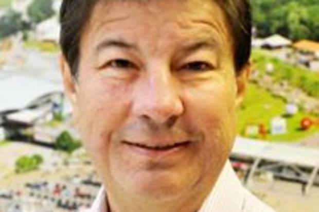Governador José Ivo Sartori lamenta morte de Paulo Cancian, em Caxias Facebook/Reprodução