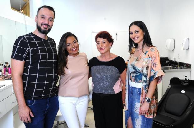 Professores Carlos Reinke e Marina Corrêa criam projeto para valorizar as peles negra e madura Antonio Valiente/Agencia RBS