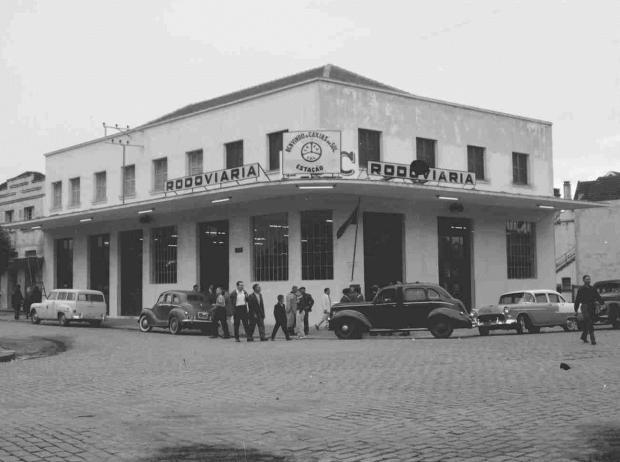 Inauguração da Rodoviária de Caxias do Sul em 1958 Studio Geremia / Arquivo Histórico Municipal João Spadari Adami, divulgação/Arquivo Histórico Municipal João Spadari Adami, divulgação