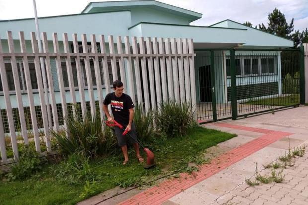 Vereador publica fotos para comprovar serviço comunitário Jussara da Costa/Divulgação
