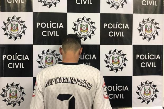 Jovem suspeito de envolvimento em latrocínio de idoso se apresenta à polícia de Caxias do Sul Defrec/Divulgação