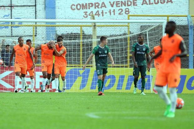Veranópolis vence o Juventude por 2 a 0 no Antônio David Farina Felipe Nyland/Agencia RBS