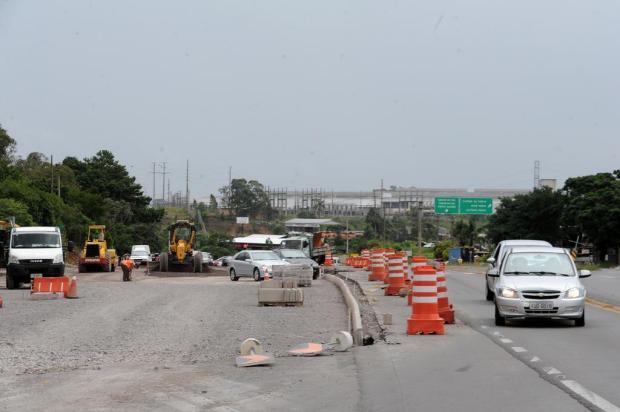 Mesmo com previsão de chuva, obras no acesso ao Santa Fé, em Caxias, devem ser finalizadas sábado Felipe Nyland/Agencia RBS