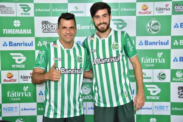 Juventude apresenta lateral-esquerdo Eltinho e volante Ancheta Gabriel Tadiotto/Juventude,divulgação