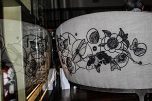 Bordados de artista têxtil gaúcha integram decoração de luxuoso restaurante em São Paulo Graciela Peretti/Divulgação