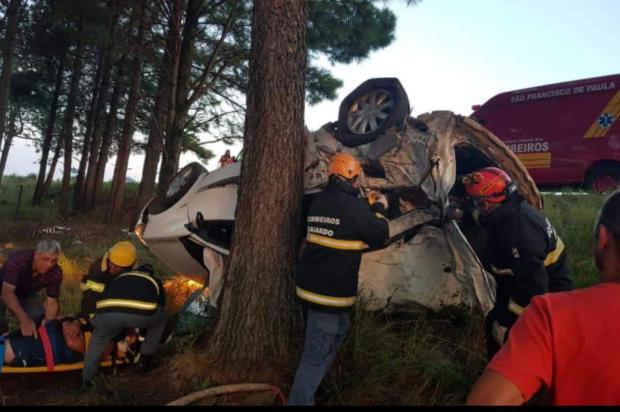 Passageira morre em acidente em São Francisco de Paula Corpo de Bombeiros de São Francisco de Paula/Divulgação