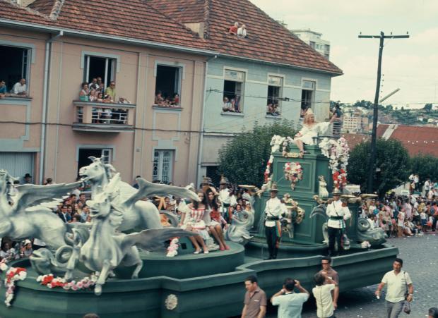 Badalação na Festa Nacional da Uva de 1969 Carlos Caetano Pettinelli, acervo de família / divulgação/divulgação