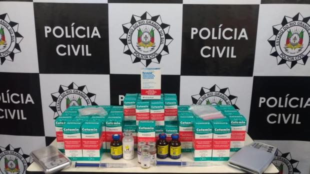 Polícia Civil cerca grupo que produz droga com anestésico de cavalo em Caxias do Sul Polícia Civil / Divulgação/Divulgação