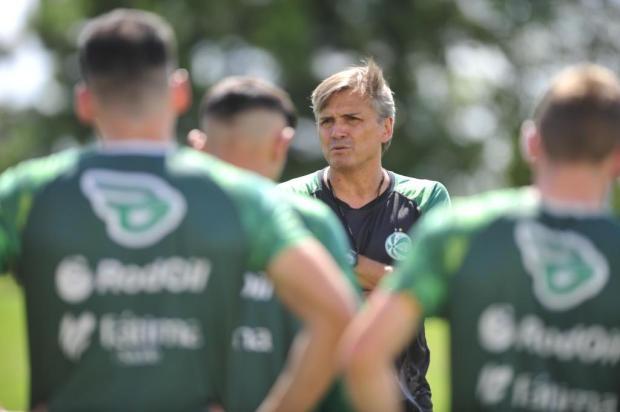 Sem grupo completo, Winck só deve definir o Juventude que encara o Inter neste sábado Porthus Junior/Agencia RBS