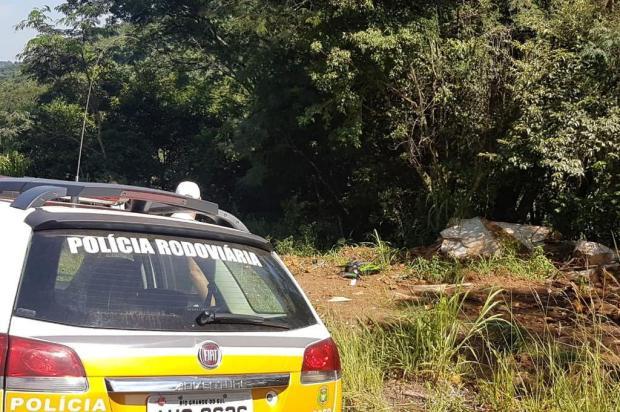 Motociclista morre ao colidir em árvore na ERS-324, em Casca PRE/Divulgação