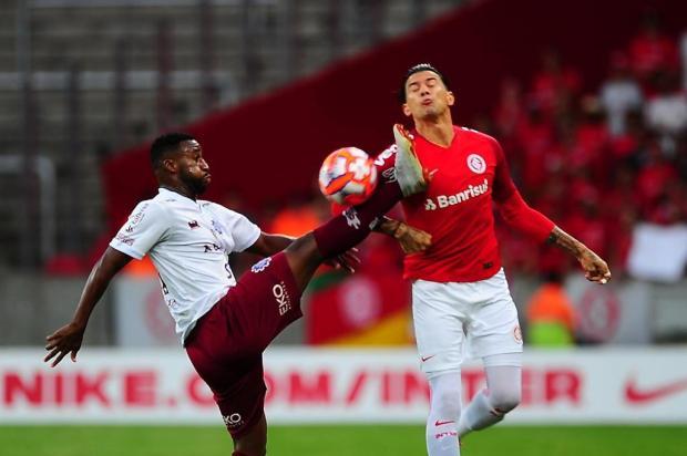Intervalo: Quanto ainda falta para a dupla Ca-Ju conquistar a vaga na próxima fase Tadeu Vilani/Agencia RBS