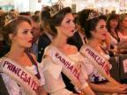 Ex-rainha, vereadora Tatiane Frizzo pede que soberanas estejam no palco no encerramento da Festa da Uva Adnilto Farias,Vice-Presidência/Divulgação