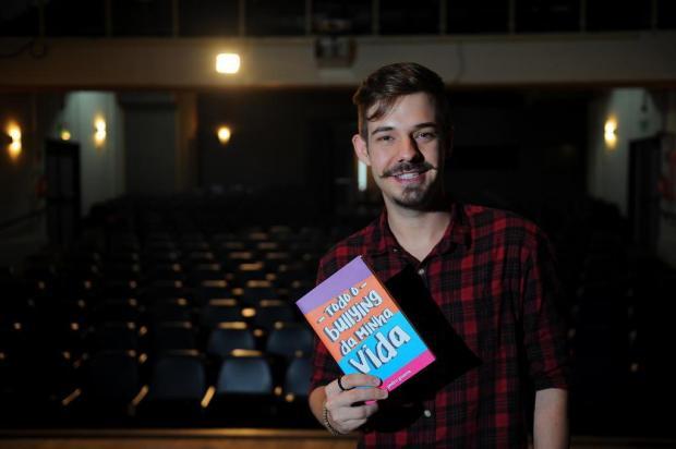 Pedro Guerra lança livro sobre bullying com espetáculo de teatro em Caxias do Sul Felipe Nyland/Agencia RBS