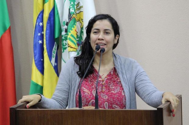 Vereadores criticam respostas de secretária sobre proposta de ideologia de gênero em escolas Gabriela Bento Alves/Divulgação