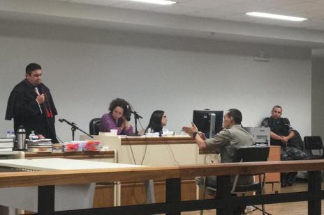 """""""Tudo que aconteceu naquela noite me induziu ao erro"""", diz policial acusado de matar jovem em Caxias (Leonardo Lopes/Agência RBS)"""