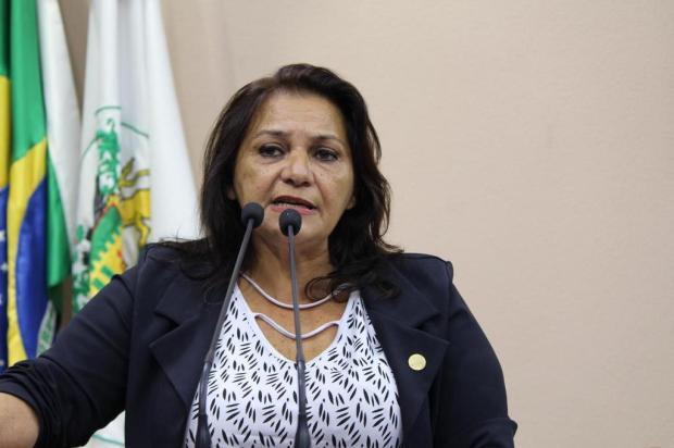 Vereadores afirmam que proposta de repasse de material e uniforme escolar desagrada educadores em Caxias Gabriela Bento Alves/Divulgação