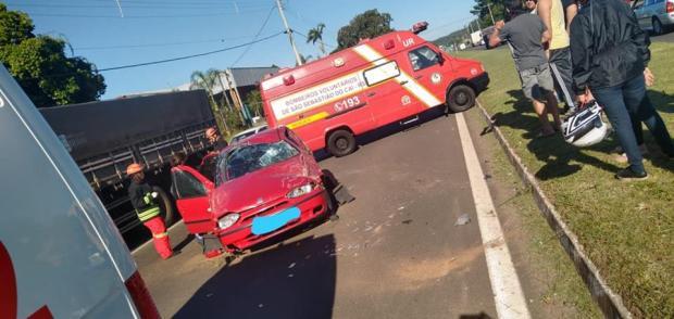 Jovem morre em acidente de trânsito em São Sebastião do Caí Bombeiros de São Sebastião do Caí / Divulgação/Divulgação