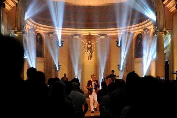 Padre Ezequiel grava CD e DVD nesta sexta-feira, em Caxias Antonio Valiente/Agencia RBS