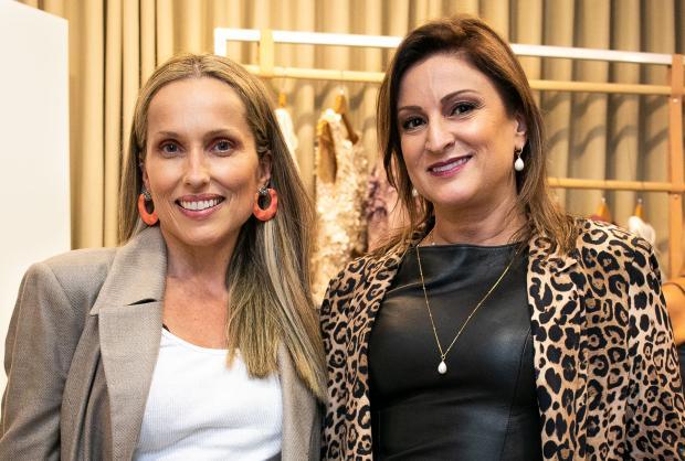 Os primos fashionistas Fabrício e Gabriela De Prá lançaram coleção intitulada Siamo Arrivati Leonardo Anjos, divulgação/