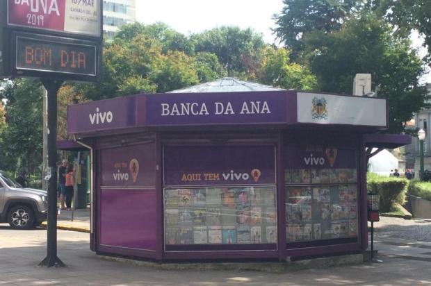 Faz sentido retirar as bancas da Praça Dante Alighieri, em Caxias? André Fiedler/Agência RBS