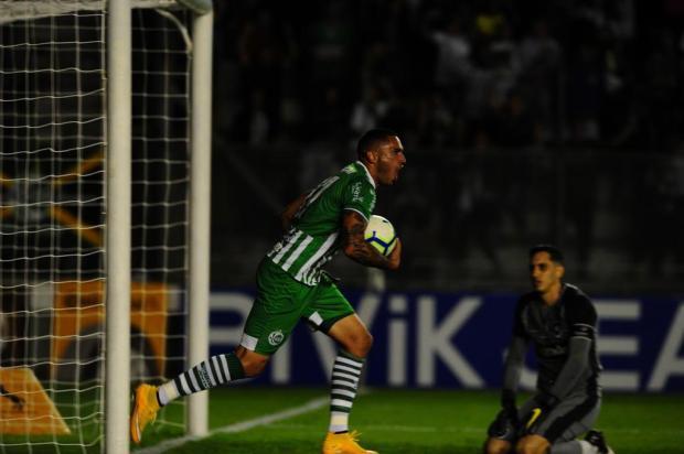 Em grande jogo no Jaconi, Juventude vence o Botafogo e avança na Copa do Brasil Porthus Junior/Agência RBS