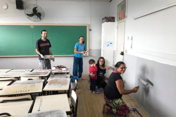 Mutirão revitaliza novamente escola da Zona Norte, em Caxias do Sul Bruna Conrado/Divulgação