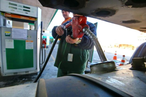 Petrobras anuncia alta de R$ 0,10 por litro no diesel Lauro Alves/Agencia RBS