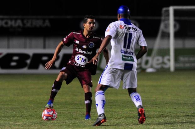 Lateral-direito Muriel pode ser desfalque na estreia do Caxias Porthus Junior/Agencia RBS