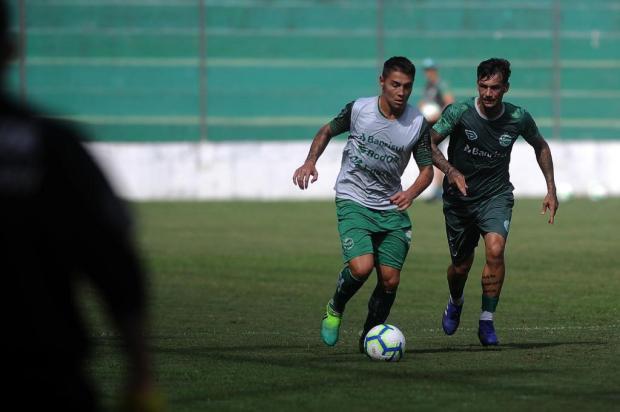 Juventude realiza trabalho coletivo para manter o ritmo de jogo dos atletas Marcelo Casagrande/Agencia RBS