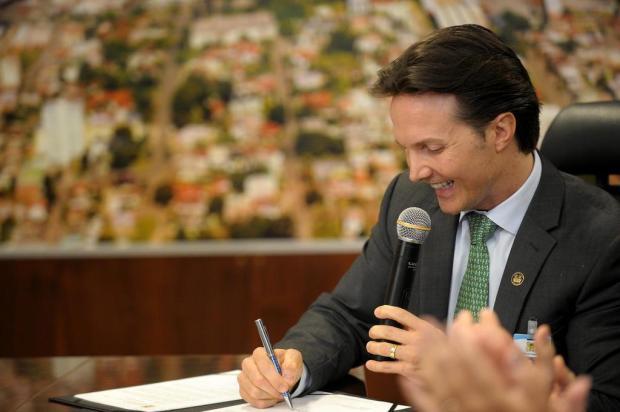Escolas ou uniformes, a prioridade que deve ser discutida Lucas Amorelli/Agencia RBS