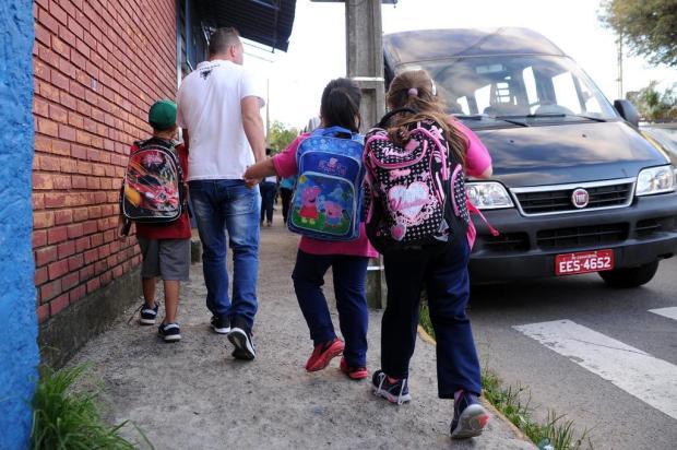 Para comunidade escolar de Caxias, melhorias nas escolas são mais urgentes do que uniformes e materiais Antonio Valiente/Agencia RBS