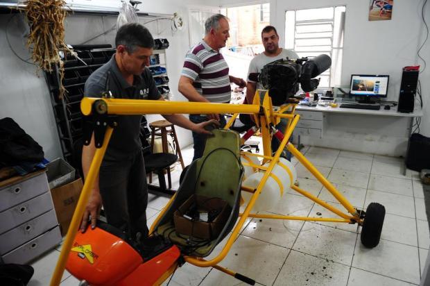 "Conheça a ""batcaverna"" de ultraleves sediada em Caxias Porthus Junior/Agencia RBS"