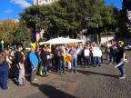 Professores protestam contra atraso no pagamento de salários na praça Dante Alighieri, em Caxias Aline Ecker  / Agencia RBS/Agencia RBS