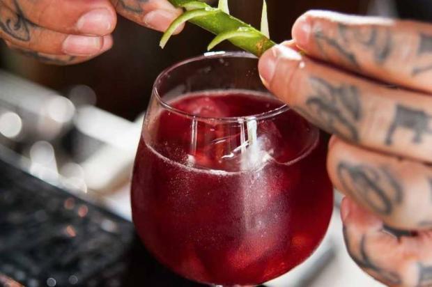 Na cozinha: conheça uma receita exclusiva do drink Bramble Street 444 / Divulgação/Divulgação