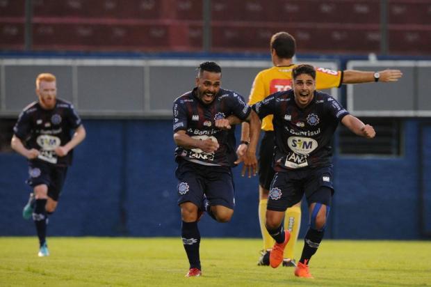 Caxias vence o São Caetano na estreia da Série D do Campeonato Brasileiro Antonio Valiente/Agencia RBS