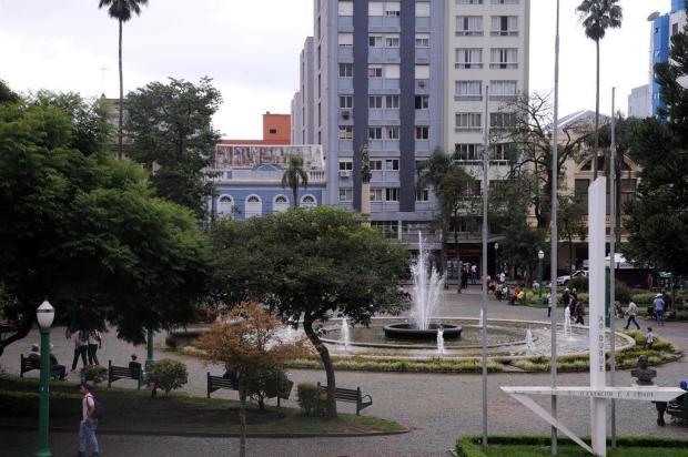Mudanças na Praça Dante, em Caxias, vêm cercadas de expectativa Antonio Valiente/Agencia RBS