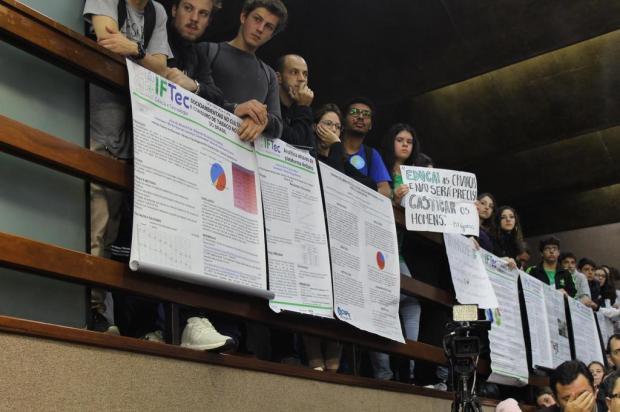 Vereadores se manifestam contrários aos cortes que atingem IFRS de Caxias do Sul Gabriela Bento Alves/Divulgação