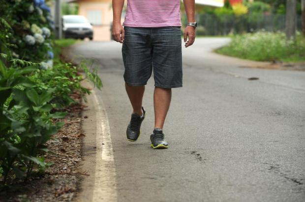 Após morte de adolescente, moradores lembram riscos para pedestres em estrada de Caxias Diogo Sallaberry/Agencia RBS
