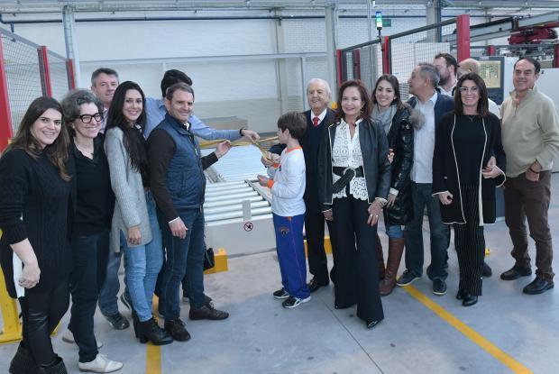 Empresa da Serra inaugura mais avançado sistema de cortes de chapas do mundo /