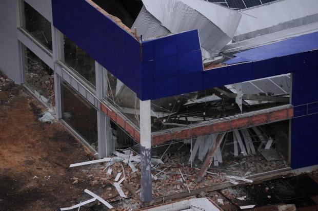 Perícia aponta que queda de telhado de supermercado em Caxias pode ter sido causada por sobrecarga Antonio Valiente/Agencia RBS